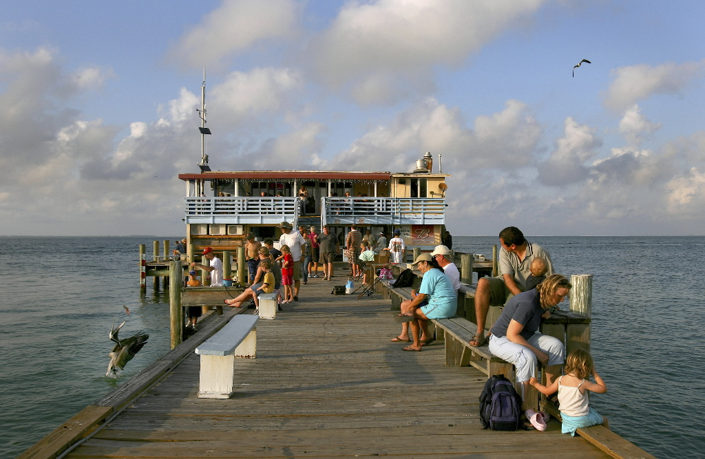 Anna Maria Rod and Reel Pier