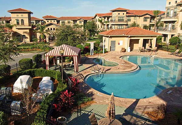 Bella Piazza Pool Overview