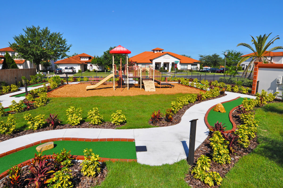 High Grove Community Clermont Clubhouse and Homes