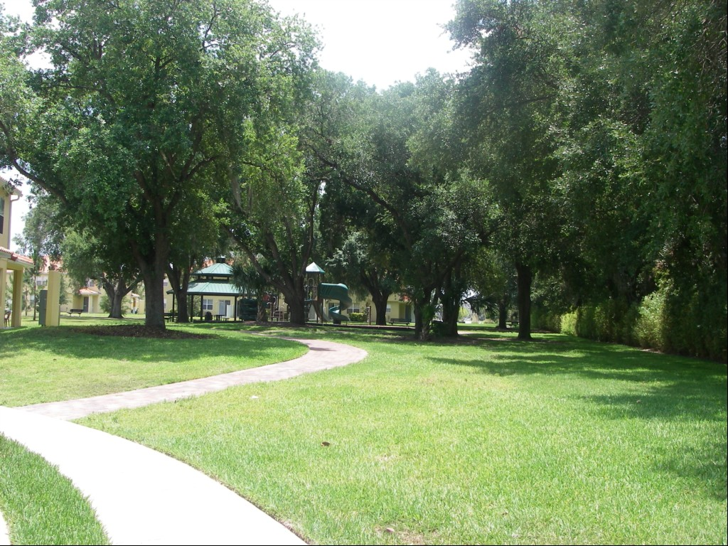 Compass Bay Kissimmee Grounds