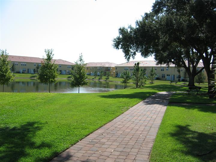 Compass Bay Kissimmee Lakefront Path