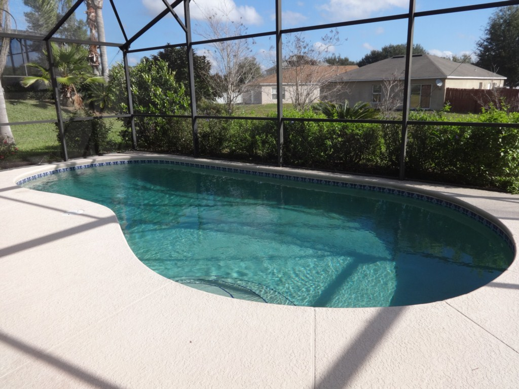 Greater Groves 4 Bed Home Pool