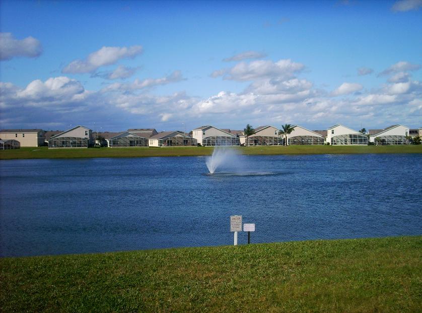 Hampton Lakes Davenport