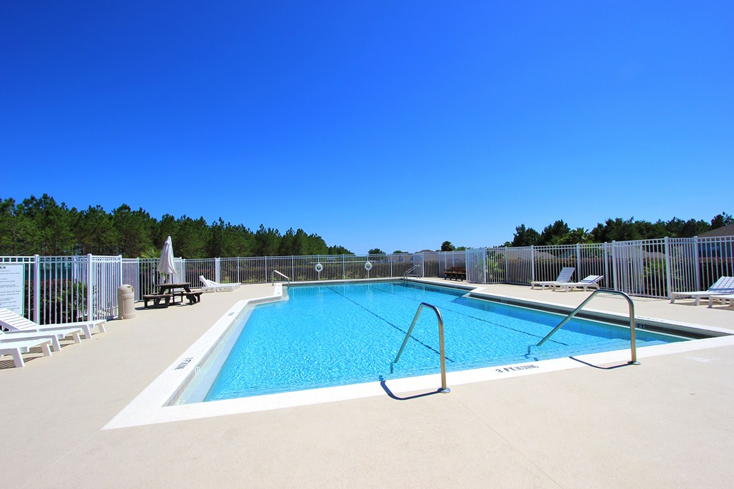 Highlands Reserve Community Pool