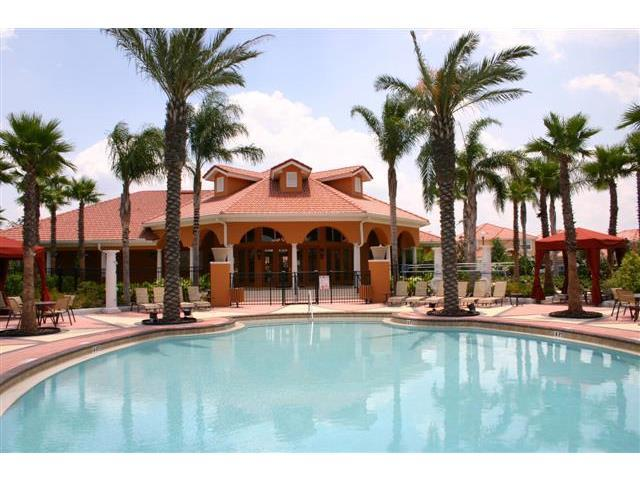 Lake Berkley Resort Clubhouse & Pool
