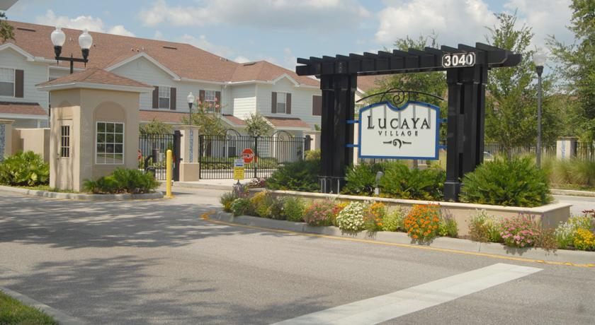 Lucaya Village Resort Entrance