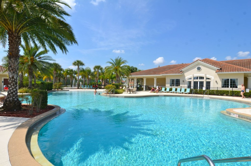 Oakwater Resort Clubhouse and Pool