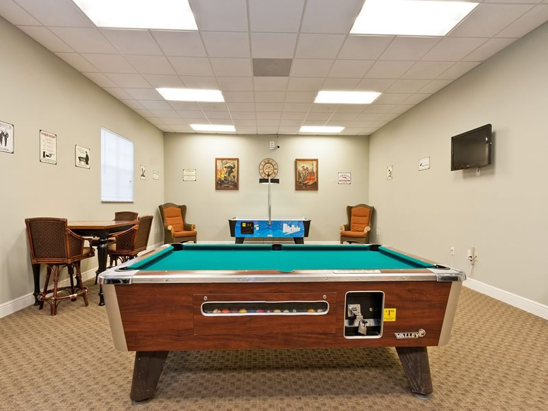 Oakwater Resort Billiards Pool Room