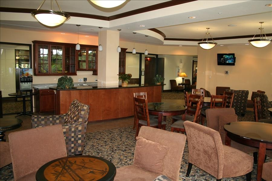 Palisades Resort Lounge