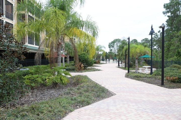 Palisades Resort Grounds
