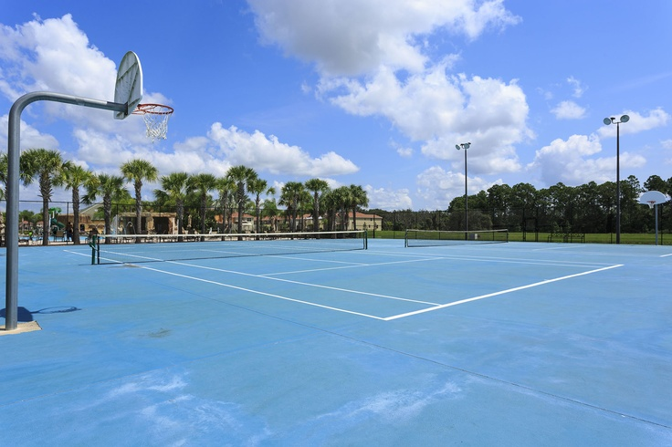 Paradise Palms Resort Tennis and Basketball Courts