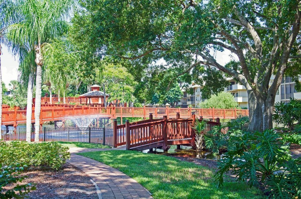 Park-Shore-Resort