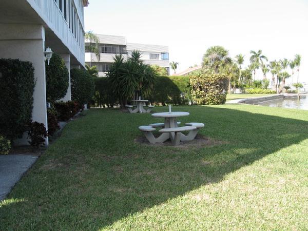 Pelican Cove Gardens