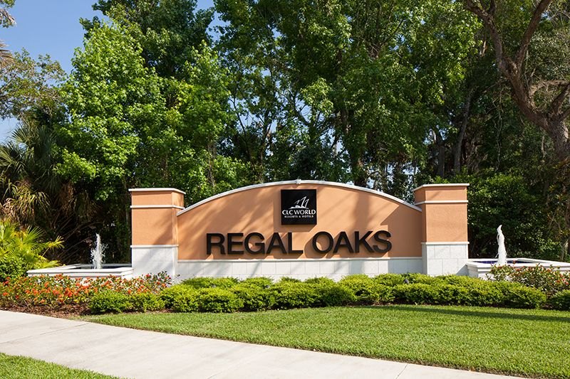 Regal Oaks Kissimmee Entrance