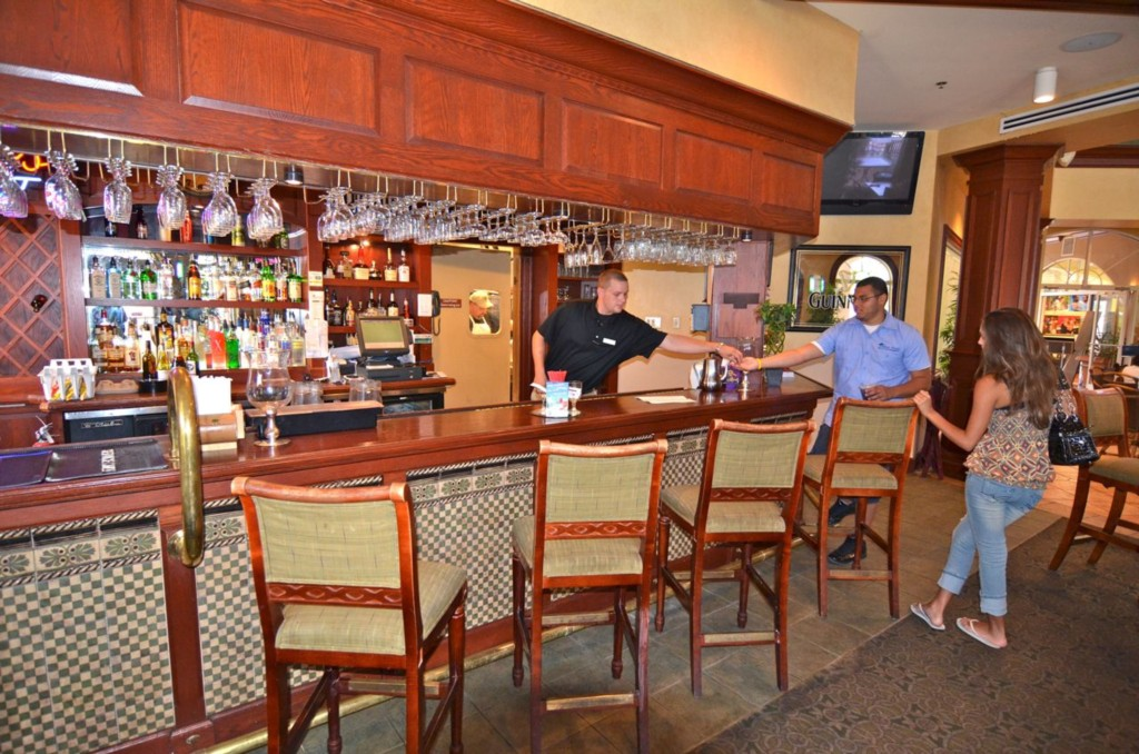 Regal Palms Resort Orlando Sports Bar