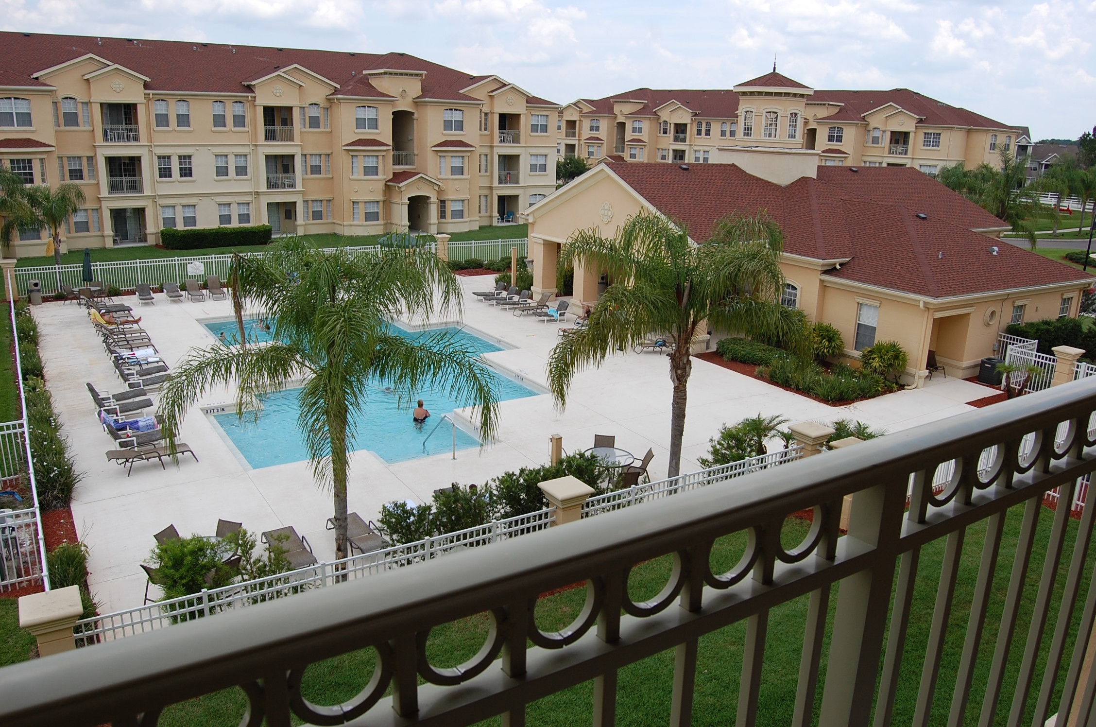Terrace Ridge Clubhouse, Pool and Apartments