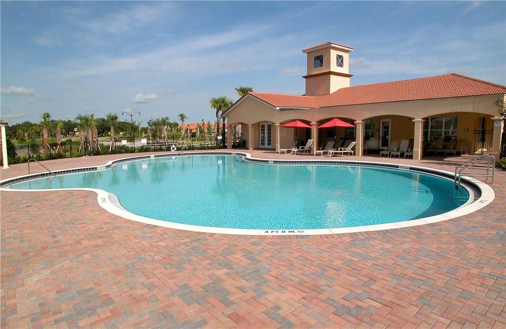 Villa Sol Swimming Pool