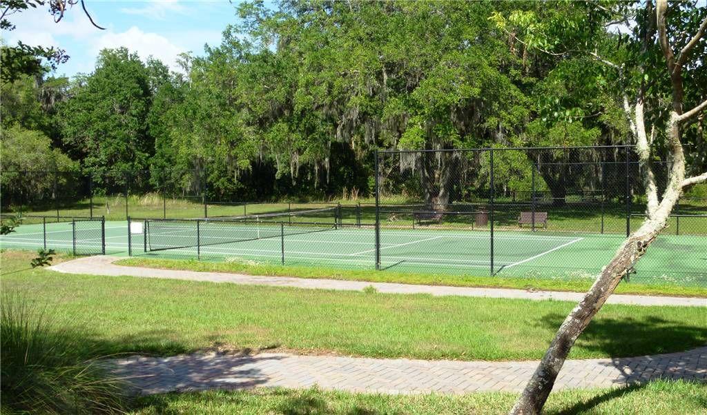 Villa Sol Tennis Court